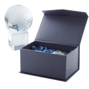 Glob cristal pe stativ cub cristal, in cutie magnetica albastra, din carton, interior din matase Satelite personalizate
